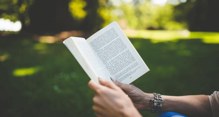 7 Must-read Customer Service Books