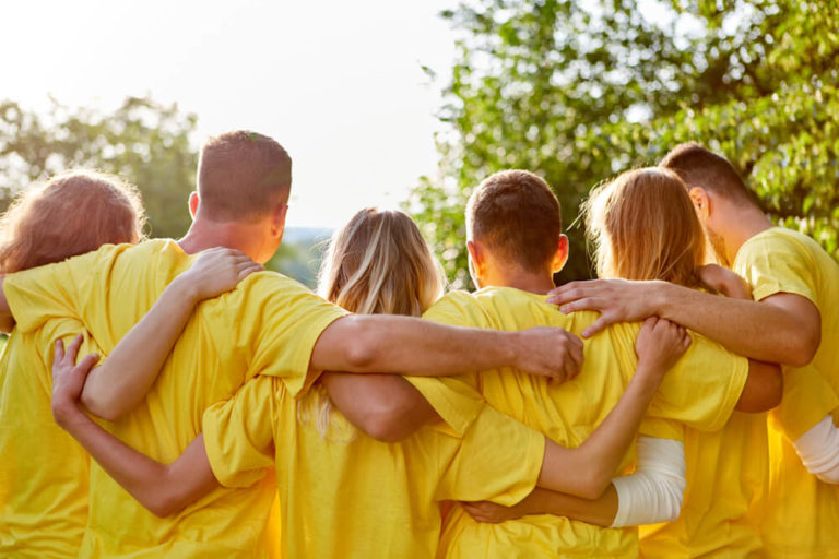 9 Team Building Exercises For Work That You'll Want To Steal