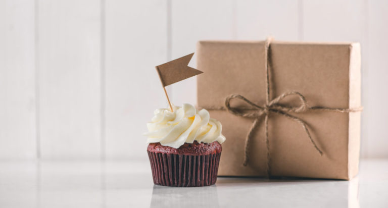 With our 15 tips, getting feedback from customers is a piece of chocolate cake!